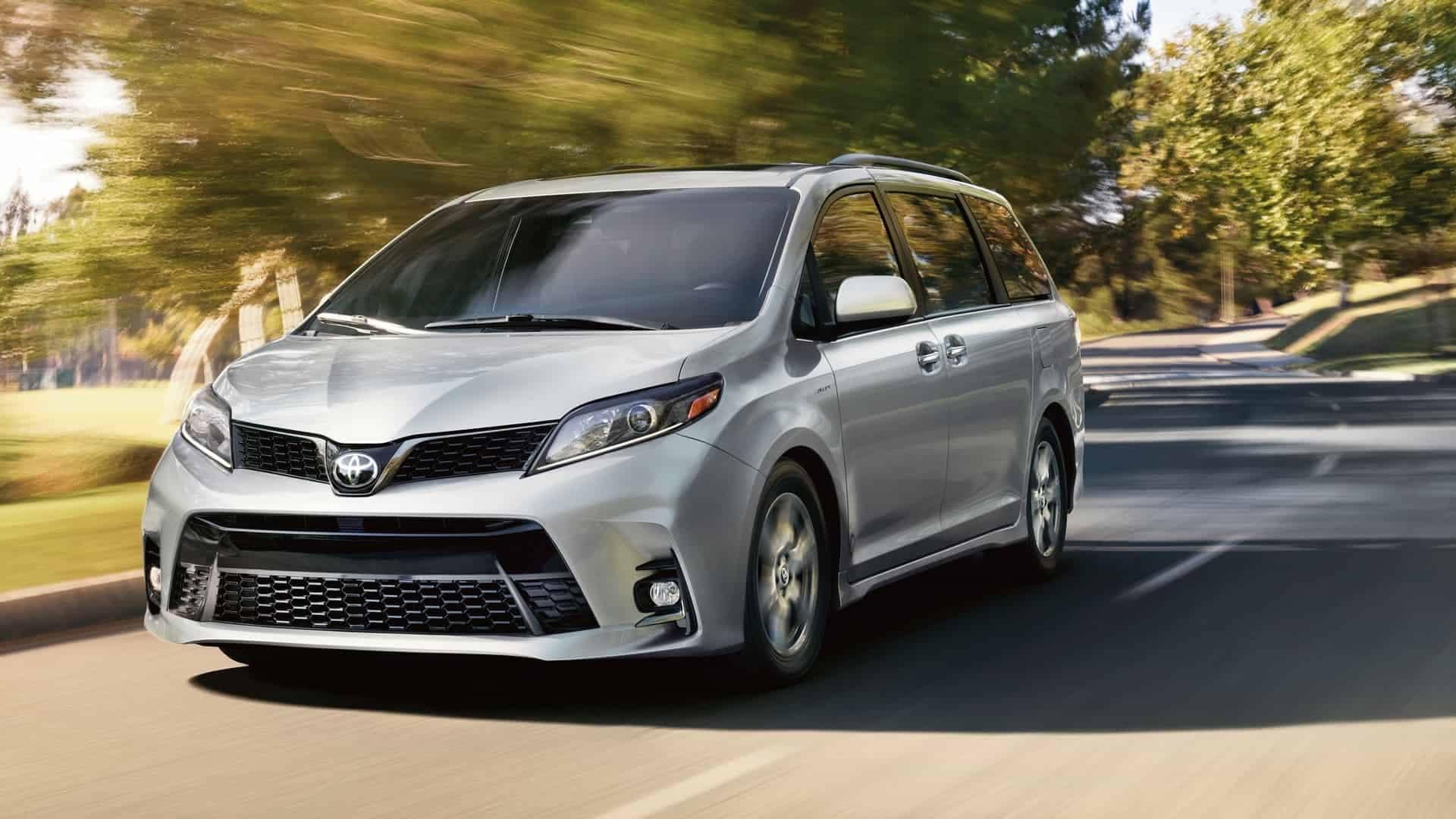 Buy a Minivan Online 2020 Toyota Sienna Near Bossier City LA