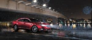 2018_Ford_Taurus_Rain