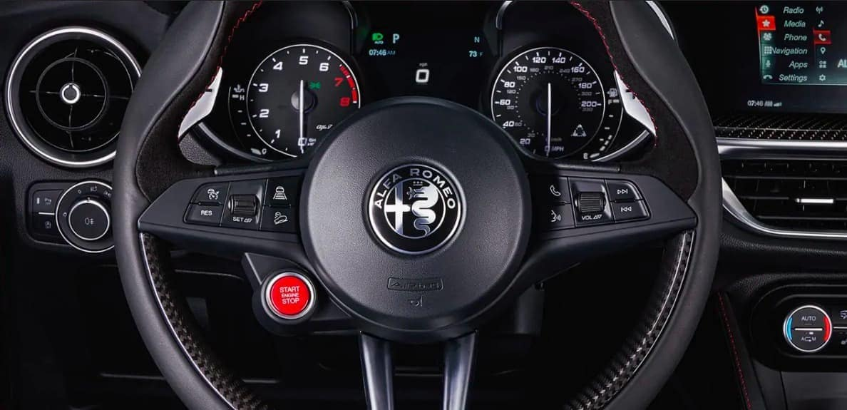 2019 Alfa Romeo Stelvio Quadrifoglio interior steering wheel and dasboard